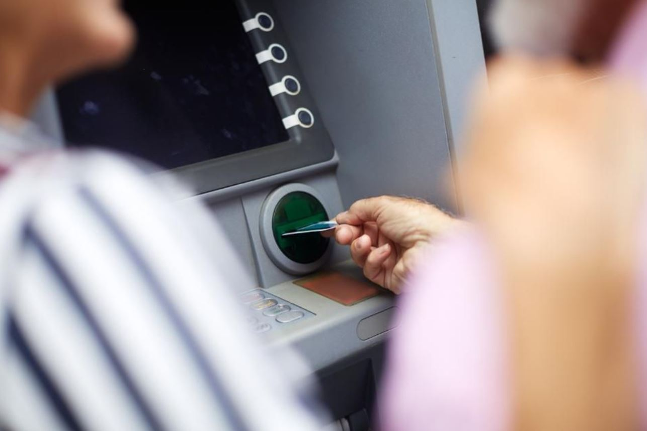 ATM_Withdrawal_finance_retirement