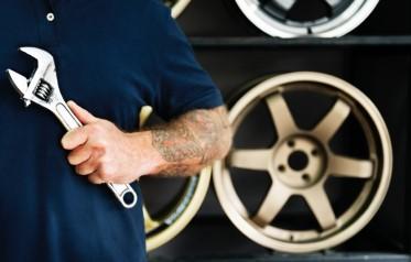 Car spare part market