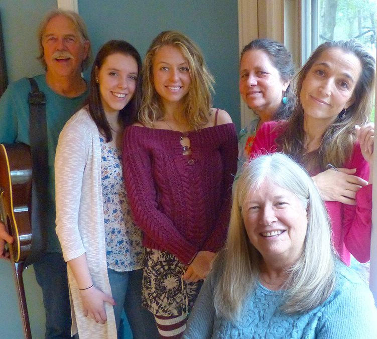 """Cathy DeWitt with members of her """"Tapestry"""" band behind her. Photo courtesy of Cathy DeWitt)"""
