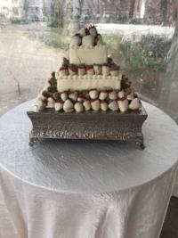 white chocolate strawberries grooms cake