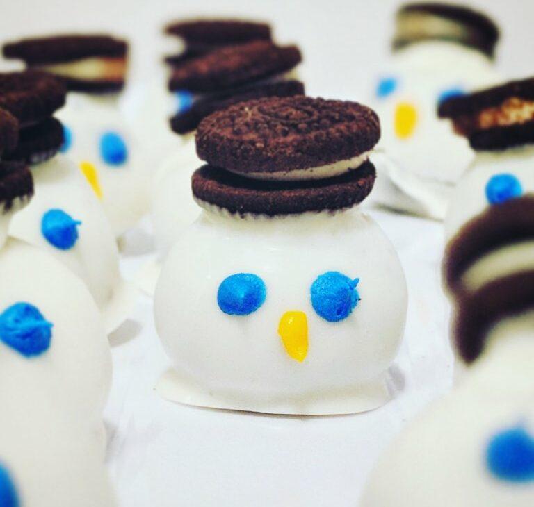 Melted Snowmen Oreo Truffle Balls