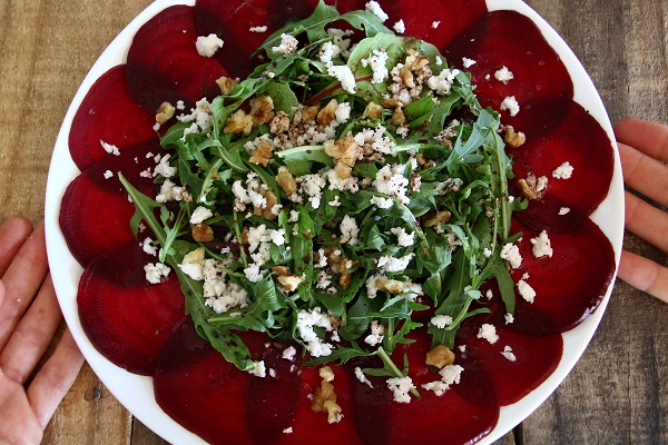 איך להכין קרפצ'יו סלק בבית - אירוח בסטייל - EshetStyle (צילום: טליה הדר)