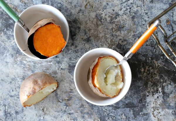 תפוח אדמה של מדורה בתנור_בלוג אוכל ואירוח_אשת סטייל (צילום: טליה הדר)