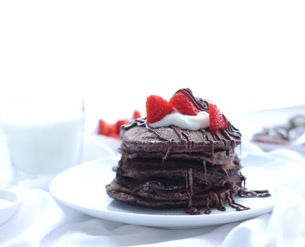 פנקייקס שוקולד שוקולד_צילום טליה הדר_עבור אתר המתכונים foodpage