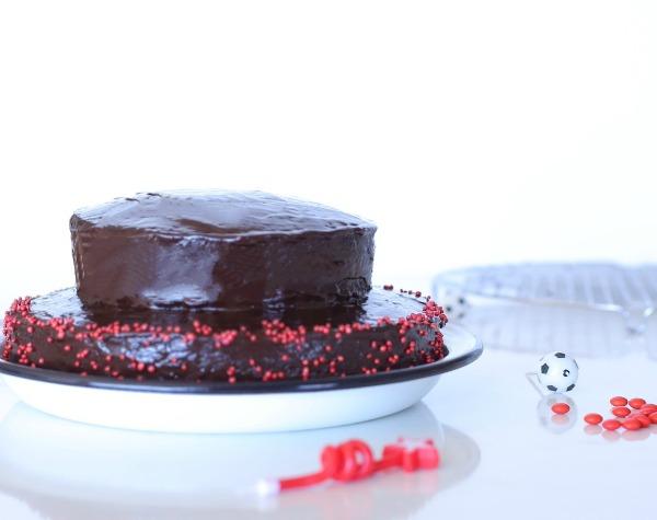 עוגת יום הולדת בלי מיקסר_מתכון קל(אשת סטייל (צילום: טליה הדר)