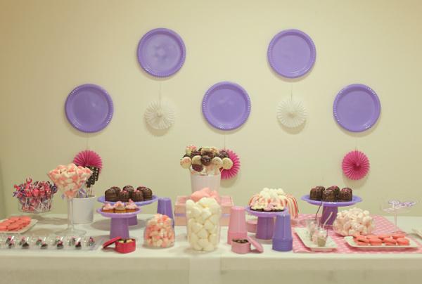 איך לארגן יום הולדת לילדה בת 6_ארגון יום הולדת_עיצוב שולחן יום הולדת_טליה הדר מהבלוג אשת סטייל