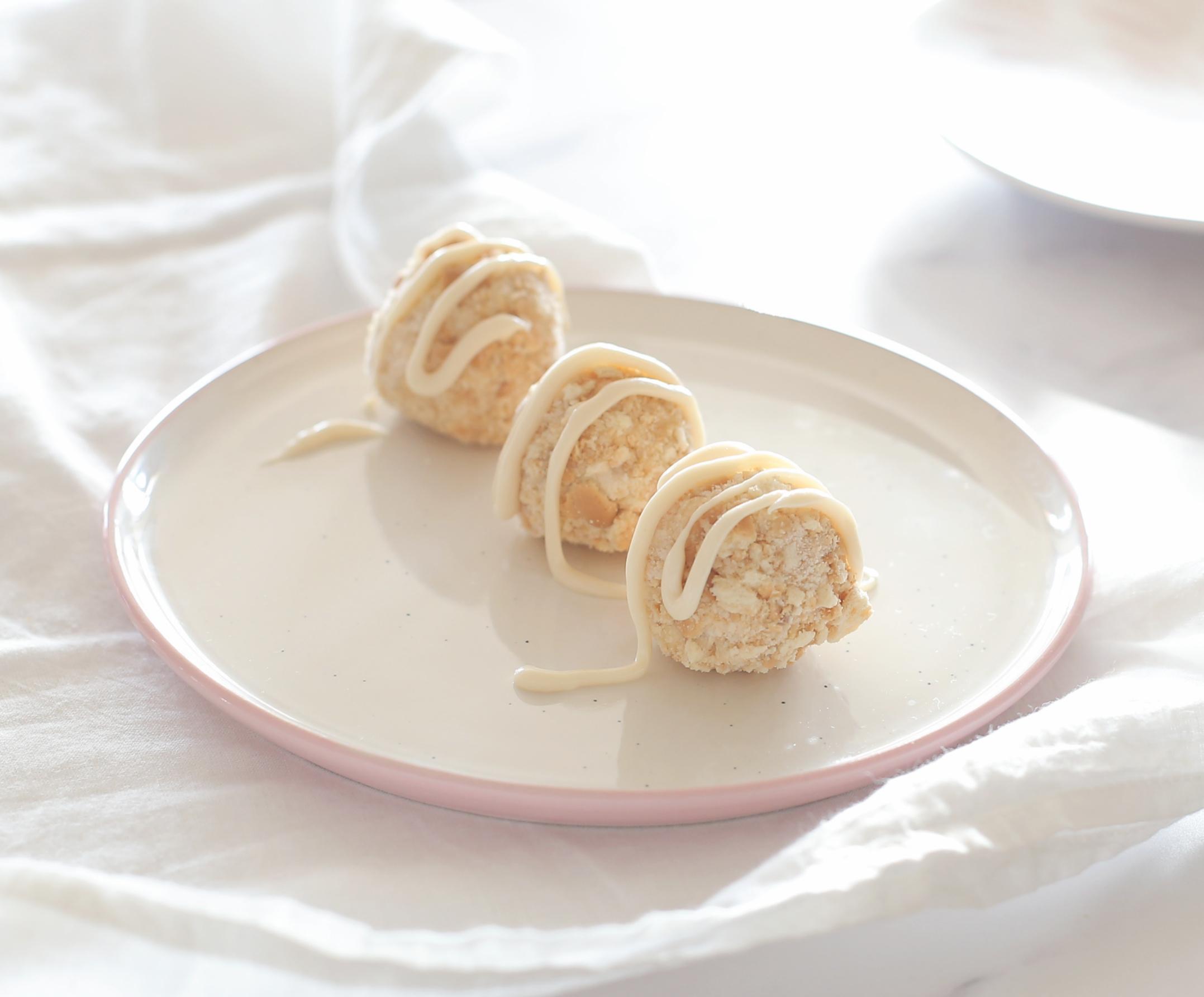כדורי גבינה מתוקים ללא אפיה_קינוח מושלם שמכינים מראש ושומרים במקפיא_צילום ומתכון טליה הדר אשת סטייל