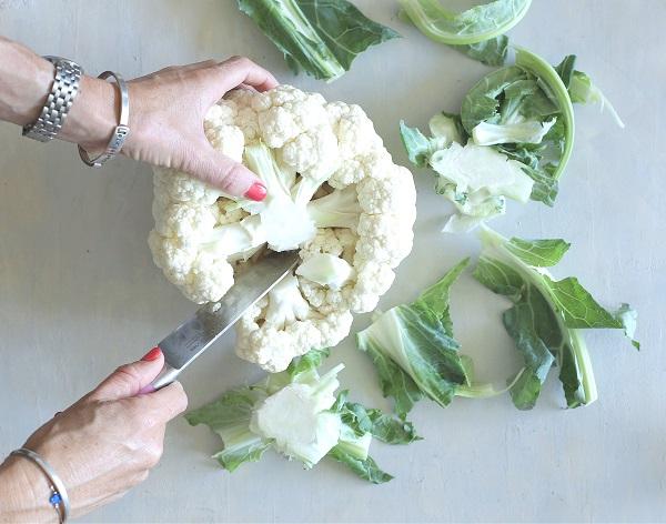 איך חותכים כרובית מבלי שתתפרק_טיפים למטבח פרקטי(צילום: טליה הדר מהבלוג אשת סטייל