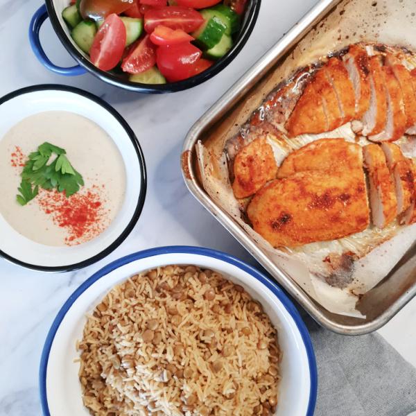 ארוחת צהריים מושלמת_ חזה עוף, מג'דרה, טחינה וסלט ירקות_צילום ומתכונים - טליה הדר אשת סטייל