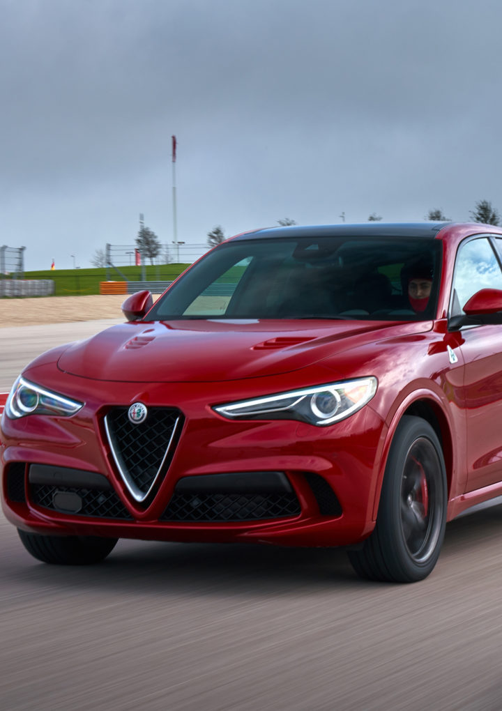 LiV Ft Lauderdale: 2018 Alfa Romeo Stelvio Quadrifoglio Wins 2018 Topless In Miami Top Award