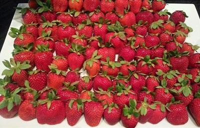Strawberries on a platter resized