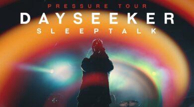 """LIVE: WATCH DAYSEEKER PERFORM """"SLEEPTALK"""" (PRESSURE TOUR 2019)"""