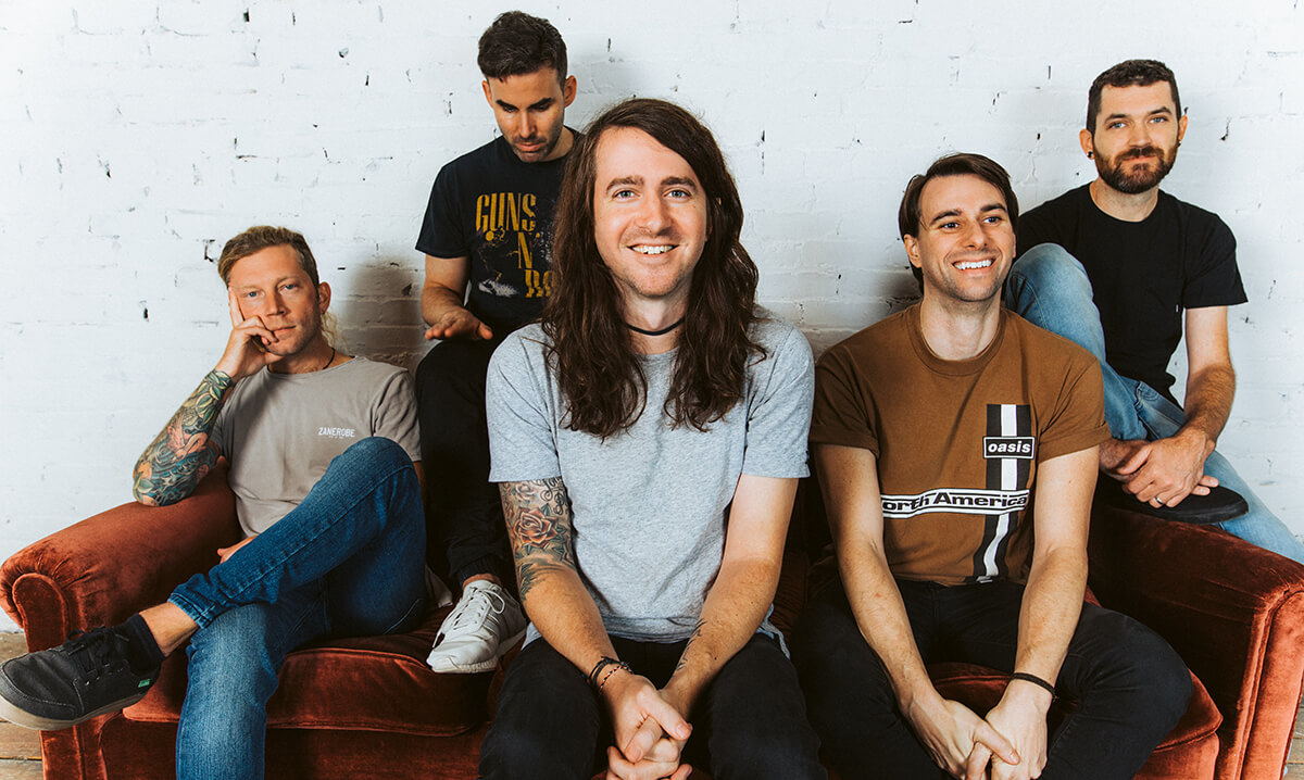 """MAYDAY PARADE ANNOUNCE 'OUT OF HERE' EP + RELEASE NEW SINGLE """"LIGHTEN UP KID"""""""