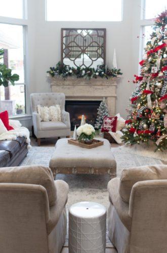 Holiday Home Tour: Festive Christmas Home Decor