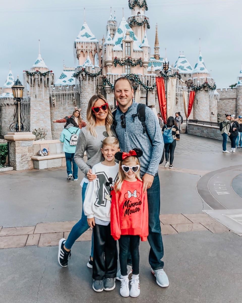 disneyland family vacation