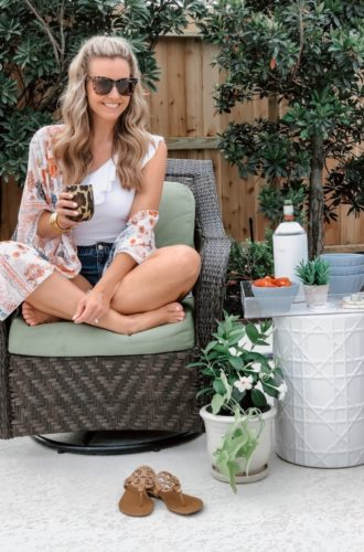 7 Delicious Low Calorie Cocktails Perfect For The Patio
