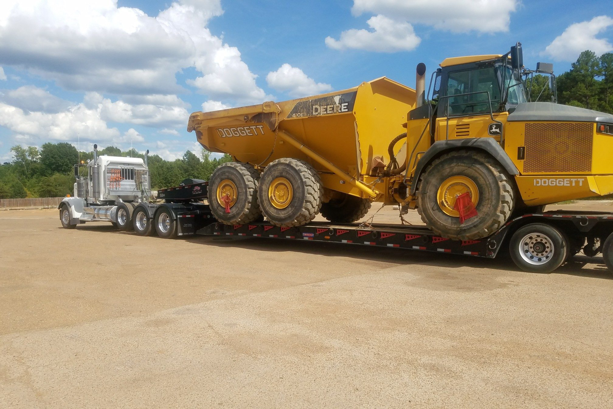 Heavy Hauling Equipment