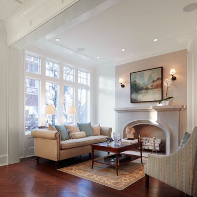 old town chicago luxury home sitting room with fireplace