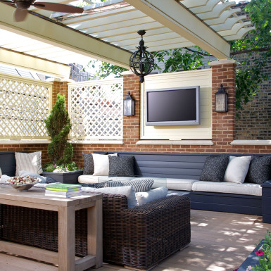 chicago custom covered outdoor living area with tv