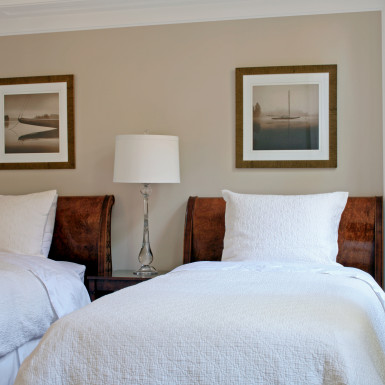 guest bedroom home staging chicago