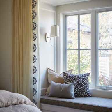 window seat with pillows old town chicago home