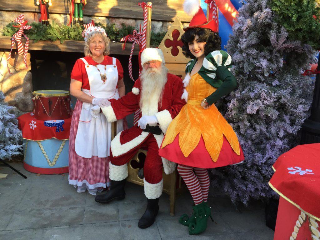 San Diego santa at the El Cajon holiday event