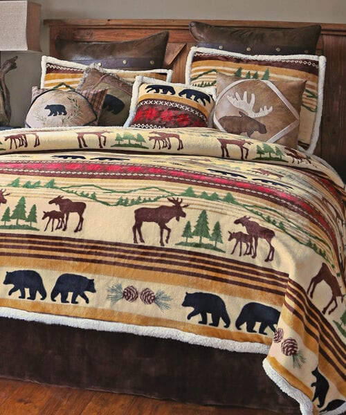 Mountain Wildlife Plush Bedding