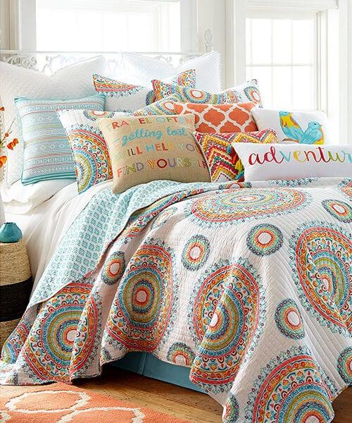 Mayla Quilt Bedding