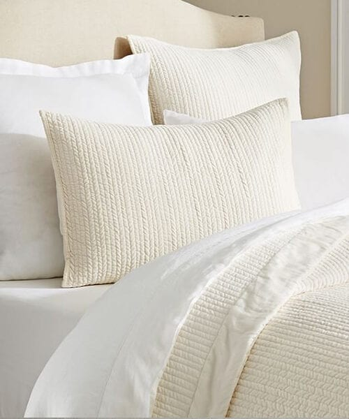 Neutral Bedding Quilt