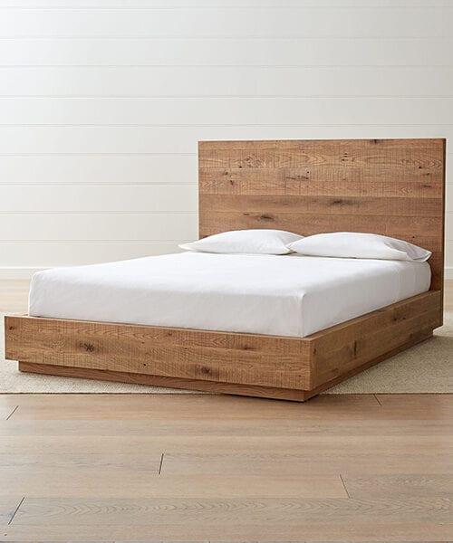 Cas Rustic Bed