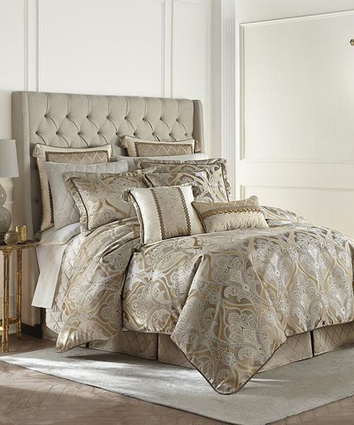 Alexander Comforter Set