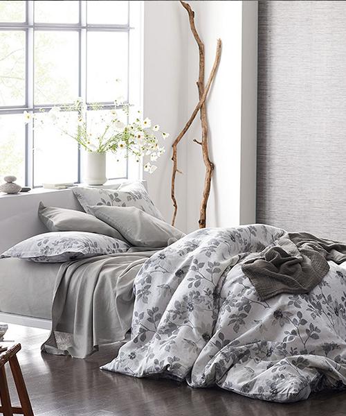 Patio Floral Linen Duvet Cover