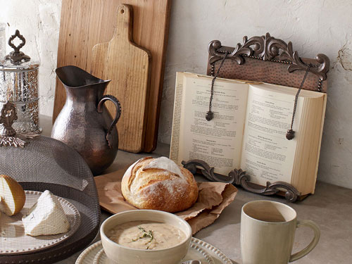 Cabin Dinnerware