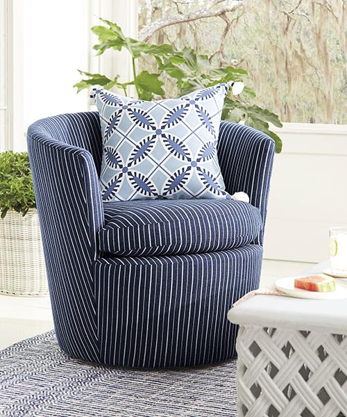 Coastal Outdoor Swivel Chair
