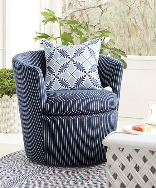 Coastal Outdoor Swivel Chair