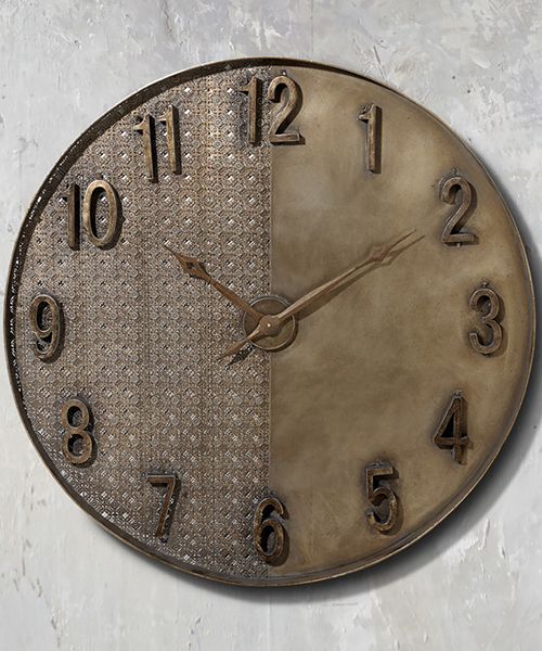 ntique Gold Clock
