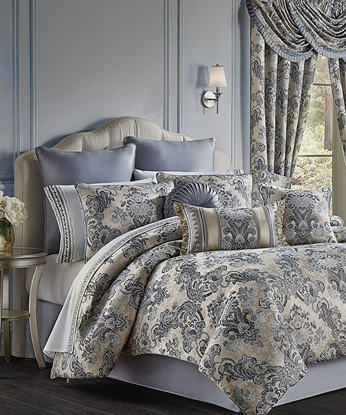 J Queen Glendale Comforter Set
