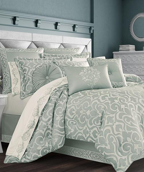 J Queen New York Lombardi Spa Comforter
