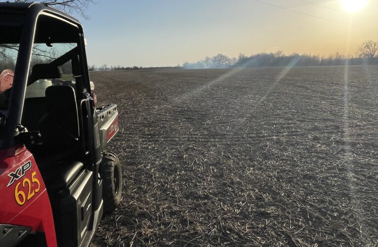 Several Henderson County Fire Departments Fighting Multiple Field Fires