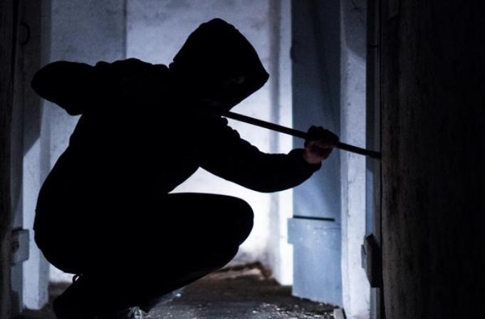 String of Burglaries in Henderson