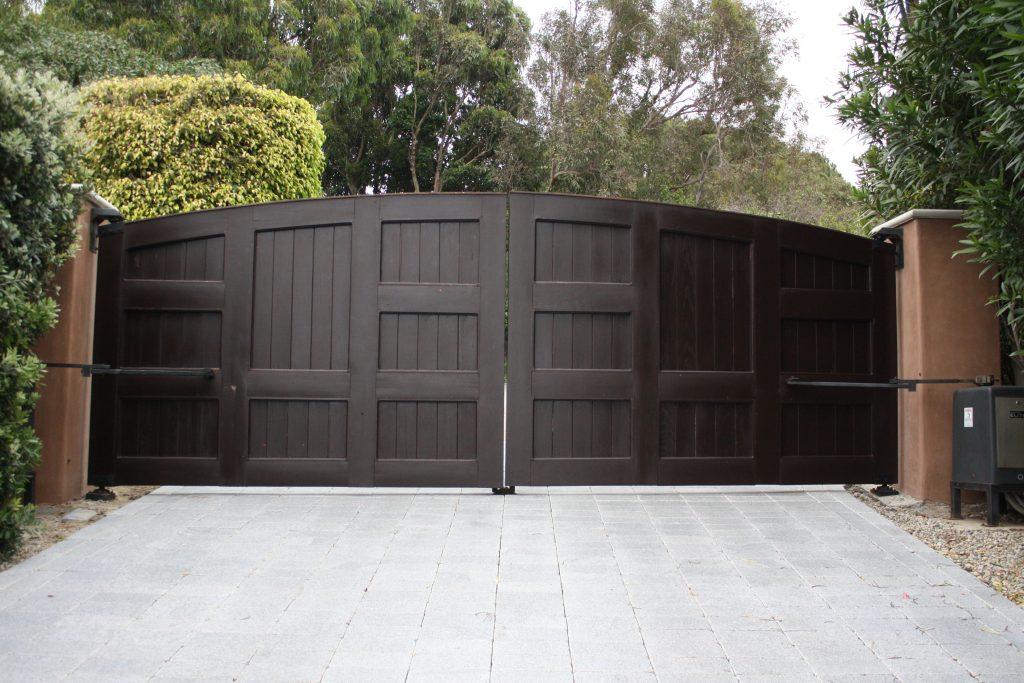 wrought iron gate image 1