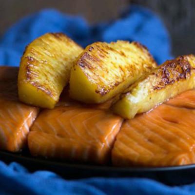 Honey & Soy Glazed Samon with Caramelized Pineapple