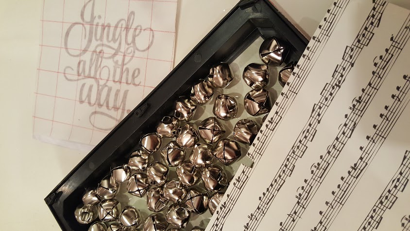jingle-bell-picture-frame-supplies