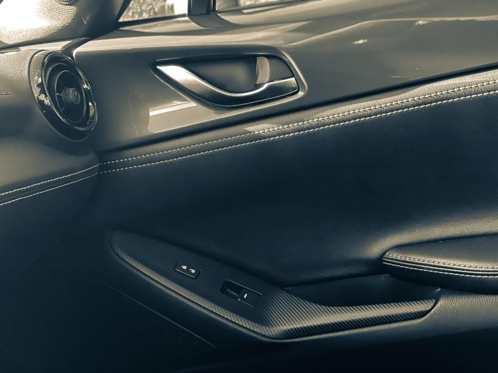 2020 Mazda MX-5 Miata Club RF is one of the greatest, lightweight sport cars via @carsfera.com