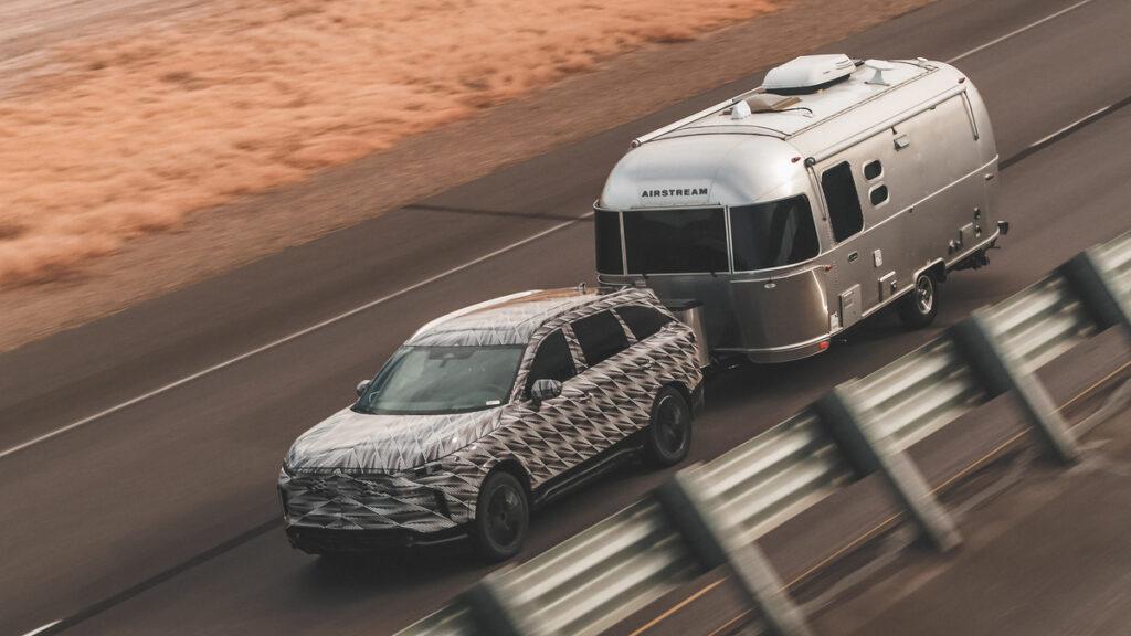 Infiniti, el debacle de una marca de autos que no pudo construir su propio imperio via @carsfera.com