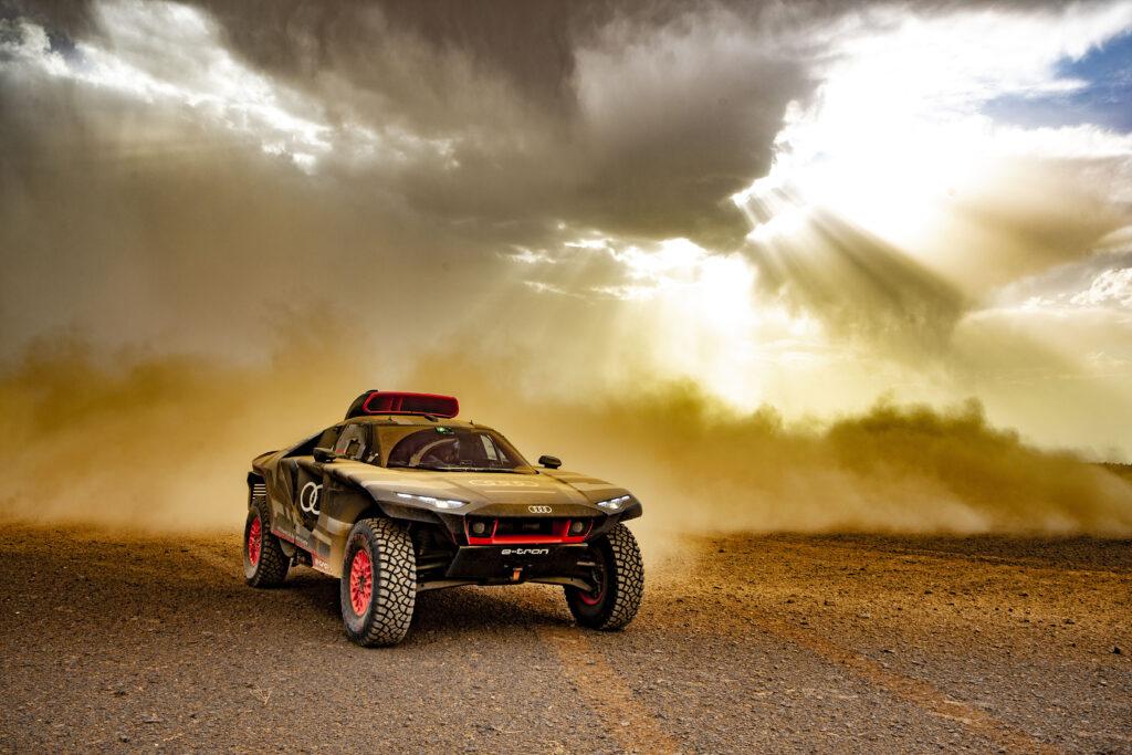 Audi RS Q e-tron via @carsfera.com