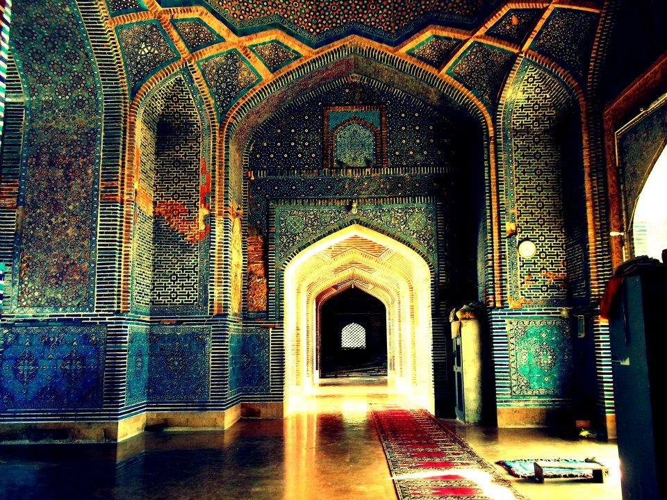 The mausoleum of King Jam Nizamudin II and Isa Khan Hussain II are the square architectures established of sandstones and adorned with flowers and geometric ornaments.