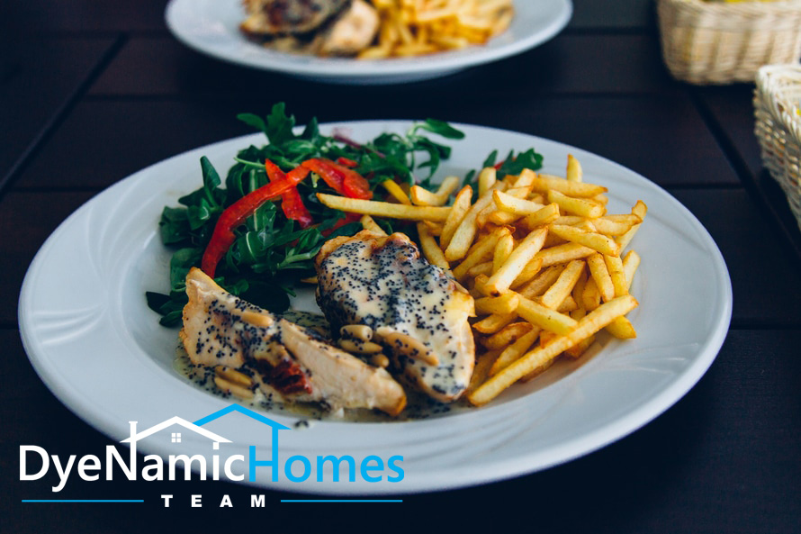 food-plate-wood-restaurant-large