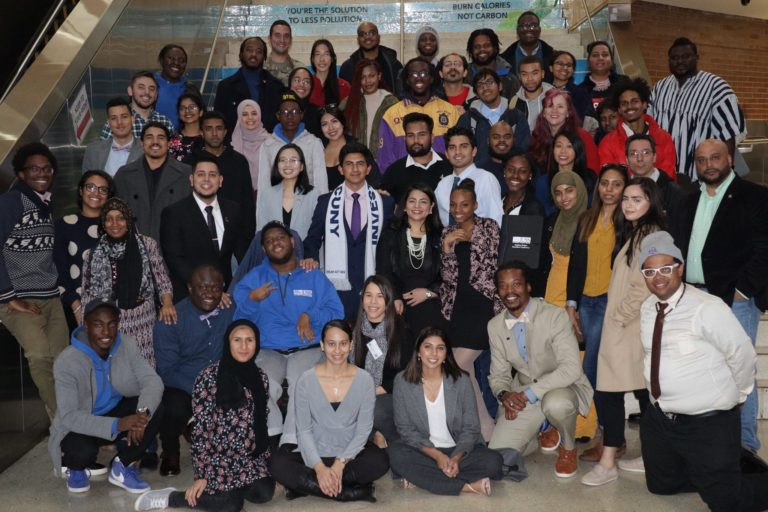 Group picture of the 2018-2019 USS delegation members
