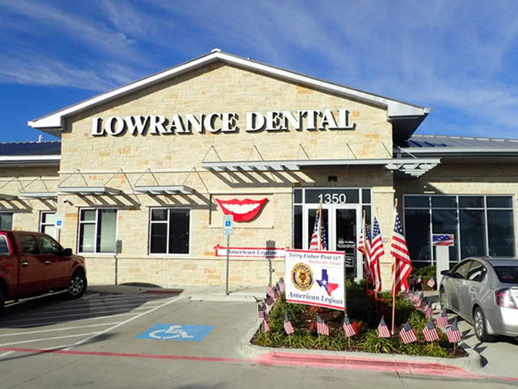 Lowrance Dental - Stan Lowrance, DDS, FAGD, Chris Baker, DDS, FAGD, and Shanae Lowrance, DDS